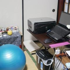 バランスボール/和室デスク/パソコンデスク/机/作業部屋/和室/... 私のパソコン周り■_ヾ(・・*)  思う…