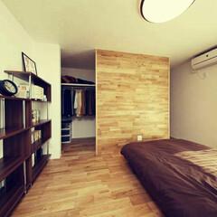 無垢材の床/木材(ウッド)/フローリング/寝室/梅雨/インテリア/... こんなにすっきりしてた寝室…w今では物が…