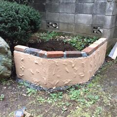 花壇/エクステリア/DIY/住まい/ハンドメイド ジョリパッド を使ってます。 やっぱりレ…