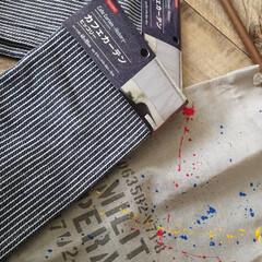 壁紙屋本舗/男前インテリア/カウンター/キッチン/カーテン/ダイソー/...  カウンターの カーテン模様替え セリア…(2枚目)