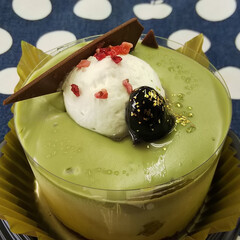 抹茶のケーキ/GODIVA/そぼろ弁当/花器/DIY kazumi🌈さんに触発されて、 ローソ…(2枚目)