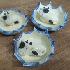 オーダーメイド/花器/北欧風/丑/Handmade/干支の置物/... 来年の干支(丑)  新作北欧風の切立鉢 …(2枚目)