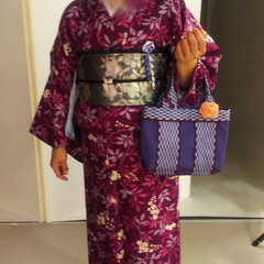 畳縁バッグ/つまみ細工/プレゼント/リース/マスク/Handmade こんばんは🎵 数日ぶりです。 部署の移動…(5枚目)