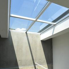 天窓/特注/ペントハウス/屋上テラス/スカイテラス/屋上庭園 屋上ペントハウスの天井を特注の天窓に、1…