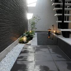 玄関/広い玄関/モダンな家/かっこいい家/おしゃれな家/眺望/... 滋賀県大津市のこだわりの一邸、リゾートラ…
