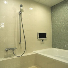 ユニットバス/浴室/造り付け/タイル張り/浴槽/お風呂/... ユニットバスの多い中造り付けのお風呂もな…
