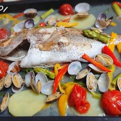 簡単レシピ/ホットプレート料理/鯛/アクアパッツァ/ごはんメモ 昨日の晩ごはん📝 *ホットプレートでアク…(1枚目)