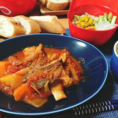 豚肉料理/スペアリブ/ごはんメモ 今夜のごはん📝 スペアリブのトマト煮込み…