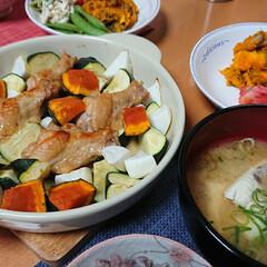 つや姫/ごはんメモ/おうちごはん 今夜のごはん📝 手羽元と野菜のトースター…