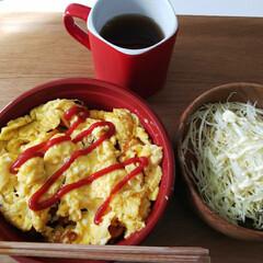 料理/男の料理/オムライス/ランチ/自炊 今日は、オムライスを作りました🎵  卵が…