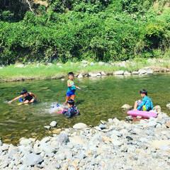 夏休み/河原/水遊び/おでかけ おはようございます。 先日、いとこ達と川…