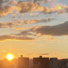 空/夕日 秋らしくなって来ました🍁 涼しい風が吹き…(2枚目)