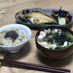 夕ご飯/味噌汁/簡単レシピ/時短レシピ/ひじき いつの日かの夕ご飯!干物って焼くだけだか…