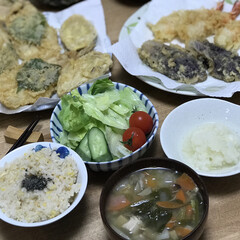 味噌汁/大根おろし/夕ご飯/天ぷら/揚げ物 いつの日かの夕ご飯!天ぷらは、近所の天ぷ…