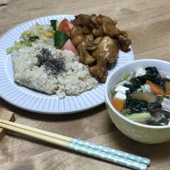 バター/コーン/手羽元/夕ご飯/時短レシピ いつの日かの夕ご飯。メインは、手羽元の黒…