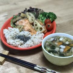 鮭/夕ご飯/簡単ごはん/おうちごはん/時短レシピ いつの日かのダイエットコーチのリアル夕ご…(1枚目)