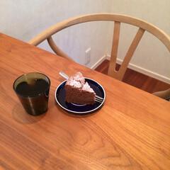 イッタラ カルティオ レイン 951201 タンブラー 210ml 2個入り | イッタラ(コップ、グラス)を使ったクチコミ「冷蔵庫で良く冷やしたチョコレートケーキは…」(1枚目)