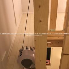屋根裏部屋/屋根裏/収納階段/隠れ家/DIY/日曜大工/... 屋根裏部屋に上がる天井収納階段に、屋根裏…(7枚目)
