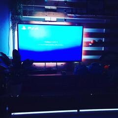 おしゃれ/テレビ壁掛け/テレビ/映画鑑賞/カフェ風/LED/... テレビ周辺を少しいじりました^ ^  休…