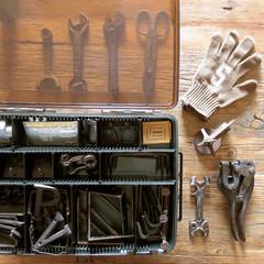 アイアン/ディスプレイ/ヴィンテージ/アンティーク/古道具/パーツ/... 【工具箱の中】 もう買うまい‼︎と思いな…