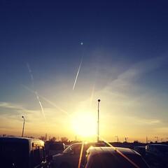 幻想的/夕焼け/空/おでかけ/小さい春 すっかり暖かくなってきましたね。 いい加…