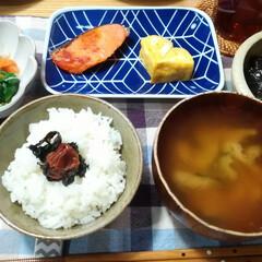 おうちごはん/和食/鮭の寒風干し/わたしのごはん/グルメ/フード 夕飯何にしようかな〜とスーパーをぷらぷら…