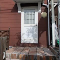 DIY/ガーデニング/階段/カラープレート/レンガ/ブロック/... 以前のウッドデッキの階段は木材でDIYし…