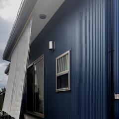 ガルバニウム外壁/ガルバニウム鋼板/インテリア/オーニング/シェード 風避け、日除け、目隠し効果も有るシェード