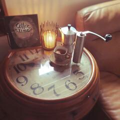 3人掛け ハイバック 本革レザーソファ(ソファ)を使ったクチコミ「リビングに、 大きな古時計をリメイクした…」(2枚目)