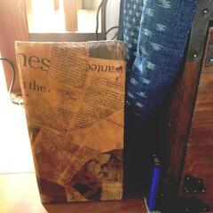 3人掛け ハイバック 本革レザーソファ(ソファ)を使ったクチコミ「ソーイング用の後や小物は、 DIYした棚…」(3枚目)
