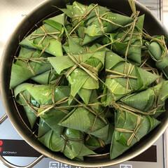野菜サラダ/アスパラのチーズ焼き/カツオの香草のっけ盛り/スキレットメニュー/韓国風たたききゅうり/シーズニング/... 旧暦の端午の節句の頃、笹の葉に餅米を包ん…