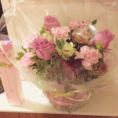 お菓子/ホワイトデー/花 主人からホワイトデーに貰ったお花♡ ピン…