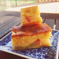 りんごケーキ/おやつ 季節の果物🍎りんごでケーキ😋 秋晴れ気持…(1枚目)