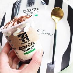 クチポール 単品 デザート スプーン GOA ブラックxゴールド GO.08 GB | クチポール(フォーク)を使ったクチコミ「セブンイレブンのななパフェ。コーヒー味か…」