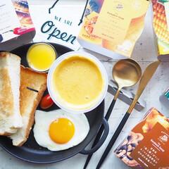 Cutipol クチポール GOA Mattgold ゴア マットゴールド デザートナイフ | クチポール(テーブルナイフ)を使ったクチコミ「セリアで購入したスキレット風プレート。プ…」