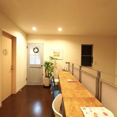 廊下/スタディスペース/シャビーシック/シャビーシックインテリア/展示場 先ほど紹介した部屋を出ると広いスペース。…