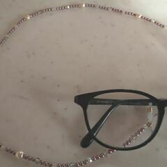 眼鏡チェーン/アクセサリー/ハンドメイド/ファッション 眼鏡チェーン完成しました☘️ 一年前から…