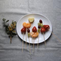 簡単/料理/おうちで過ごそう/こどもと暮らす/いちご飴/フルーツ/... 先日、子ども達とおうちで フルーツ飴を作…