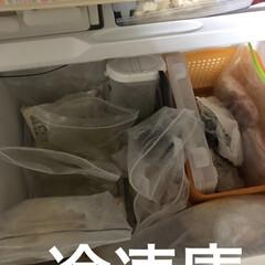 limiaキッチン同好会/100均/収納/掃除/暮らし/節約 冷蔵庫外は少しおしゃれになったけど。 今…(3枚目)
