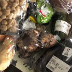おでかけ/暮らし/節約 お野菜をたっぷり買いました。前に買った分…(2枚目)
