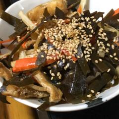 晩ご飯/節約 今日は豚肉と人参玉葱アスパラ菜の炒め物。…(3枚目)