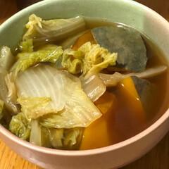 晩ご飯/節約 今日は豚肉と人参玉葱アスパラ菜の炒め物。…(2枚目)