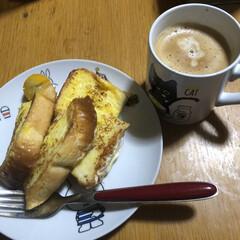 食事情 今朝の朝ごはん😋 今日はフレンチトースト…