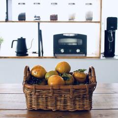 果物/柿/おやつタイム/キッチン/無印良品/暮らし 庭の柿を収穫。 https://yout…
