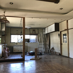 男前インテリア/リノベーション/キッチン/リビング/セルフリノベーション/DIY 壁を撤去した後のリビング側から見た様子。…