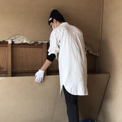 リノベーション/中古物件/セルフリノベーション/砂壁/和室改造/和室/... 砂壁は粉々にしなくてもパカっと外せるんで…(1枚目)