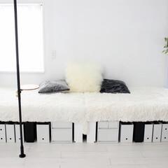 ソファー/セルフリノベーション/リノベーション/カーペット/ラグ/小上がり/... 木材でソファーベッド兼小上がりを作りまし…