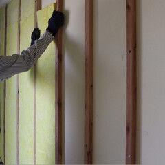 寒さ対策/断熱材/防音材/コンクリート打ち放し/マンションリフォーム/動画配信/... コンクリート壁に断熱材を入れて寒さ対策と…