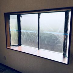 ペイント/ホワイト/リビング/リノベーション/セルフリノベーション/モノトーン/... リビングの出窓。リビング全体を塗装してい…