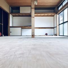 張り替え/セルフリノベーション/中古物件/床張り替え/リノベーション/和室から洋室/... 床を張り替えると、和室の面影が薄くなりま…